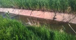 В Крыму «Жигули» упали в канал. Двое погибших