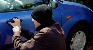 В Севастополе поймали подозреваемого в серии краж из автомобилей