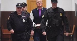 Басманный суд Москвы отправил в камеру на два месяца крымского вице-премьера Виталия Нахлупина
