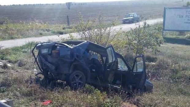 «Парные» ДТП в Крыму: два ВАЗа и два «немца». Все авто – в металлолом