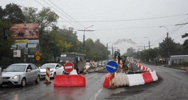 Дорожные работы на улице Севастопольской в Симферополе завершат в конце ноября