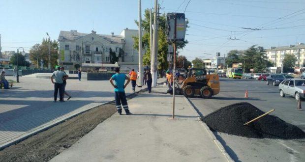 В Симферополе до конца декабря нет остановки общественного транспорта «Центральный рынок»