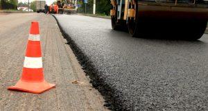 Октябрь с запахом асфальта. В Крыму отремонтировано почти 64 квадратных километров дорог