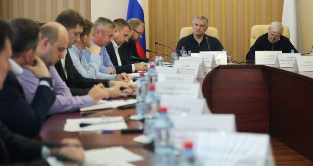 Правительство Крыма: внедрение новых цифровых технологий избавит граждан от очередей