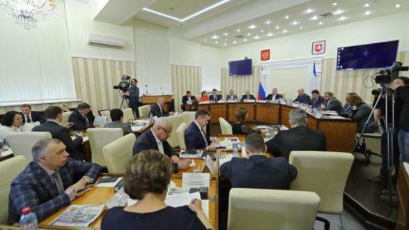 Власти Крыма меняют систему контроля исполнения региональных и федеральных целевых программ