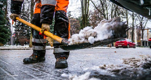 Власти Симферополя уверяют: коммунальные службы готовятся к работе в зимний период