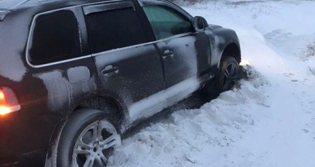 «КРЫМ-СПАС» вытаскивал из снега «ГАЗель» и «Туарег»