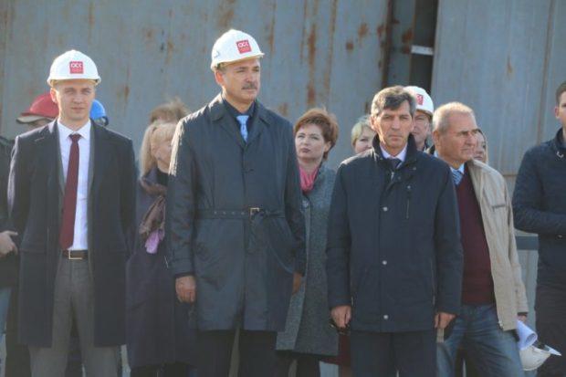 На «Севморзаводе» состоялась церемония закладки плавкрана «ПК-700 «Григорий Просянкин»