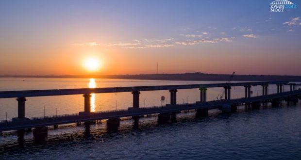 Событие дня на стройке Крымского моста - есть контакт!