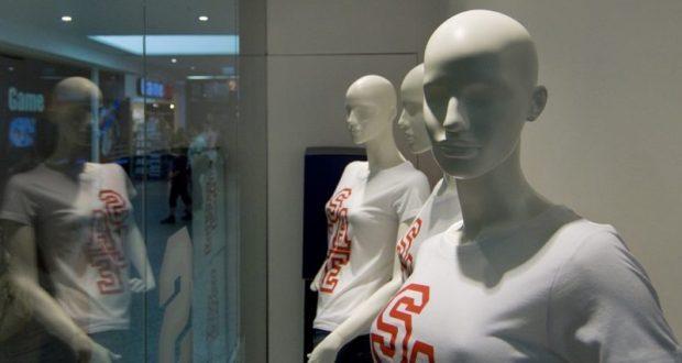 Одежда и манекен заодно. Ограбление магазина в Ялте
