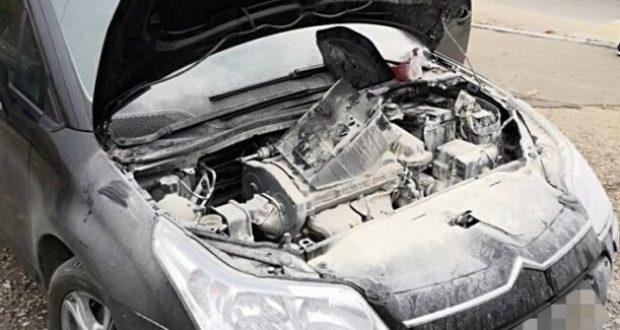 В Севастополе наряд Росгвардии потушил загоревшийся на ходу автомобиль