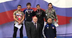 У Сборной Крыма - семь медалей на Кубке России по вольной борьбе