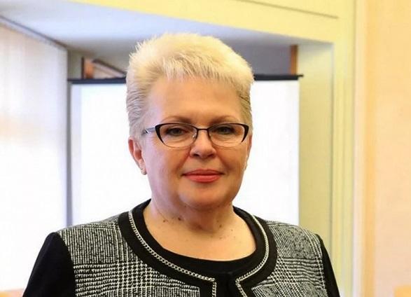 Симферопольцев поздравляют главы администрации и горсовета Наталья Маленко и Виктор Агеев