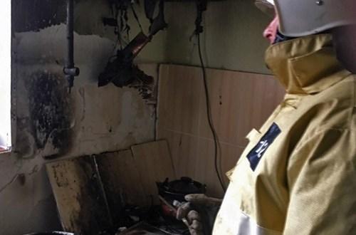 В Крымском селе Красный Мак пожарные оперативно ликвидировали возгорание в здании мечетиВ Крымском селе Красный Мак пожарные оперативно ликвидировали возгорание в здании мечети