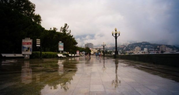 Дожди, но умеренные. Туман, но не везде. Погода в Крыму в начале рабочей недели