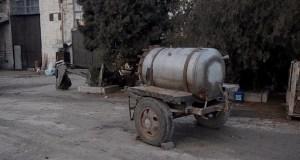 """В Сакском районе работник """"увёл"""" у работодателя две огромные бочки"""