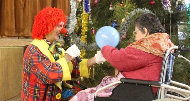 Исполнилась новогодняя мечта подопечной Симферопольского пансионата для престарелых и инвалидов
