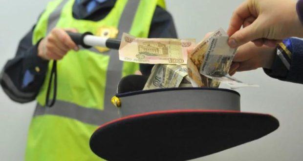 В Крыму задержан инспектор ДПС. Подозревают в получении взятки