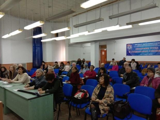 Нотариусы Севастополя приняли участие в работе пунктов оказания бесплатной юридической помощи