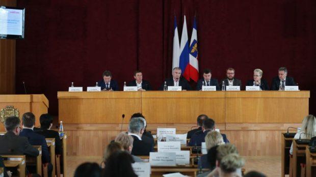 Сергей Аксёнов провёл совещание по проблемным вопросам крымской столицы