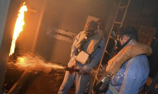 «Пожар» на корабле – моряки-черноморцы провели учение по борьбе за живучесть