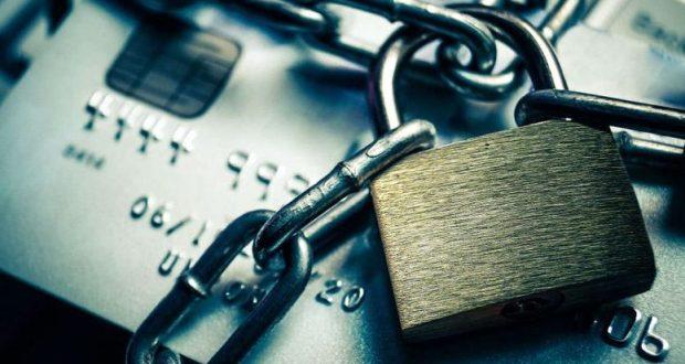 Понеслось? Самозанятые сталкиваются с блокировками банковских счетов