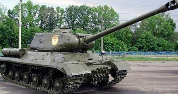 В Крыму возродили тяжелый танк времен Великой Отечественной войны ИС-2