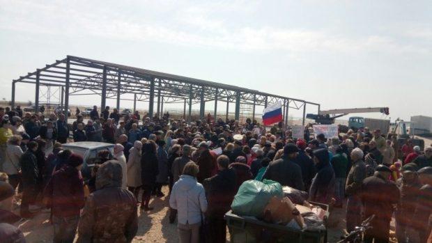На месте строительства скандальной креветочной фермы близ села Поповка побывала Наталья Поклонская