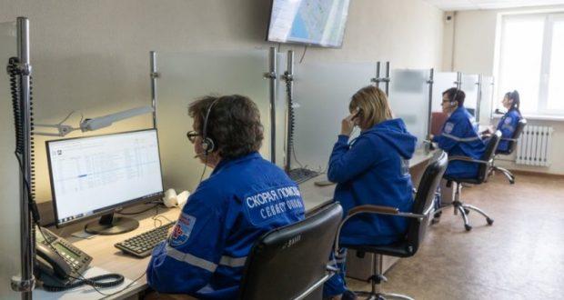 """В Севастополе в работу """"включились"""" 18 новых машин """"скорой помощи"""""""