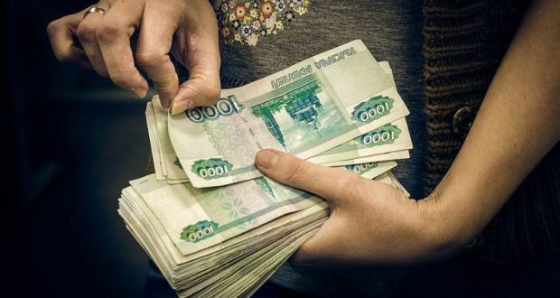 У одной - 70 тысяч рублей, у другой - 19 тысяч. В Севастополе очень доверчивые пенсионерки