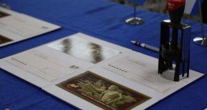В день 75-летия освобождения Симферополя «Почта Крыма» провела спецгашение памятной открытки