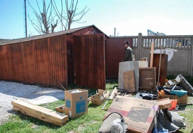 В Евпатории решили демонтировать 200 самовольно установленных гаражей