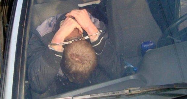 Крымские угонщики так суровы, что проникают в салон автомобиля… через багажник
