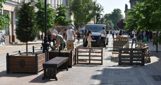 Тротуарное покрытие на улице Пушкина в Симферополе подрядчик выполнит в рамках гарантии