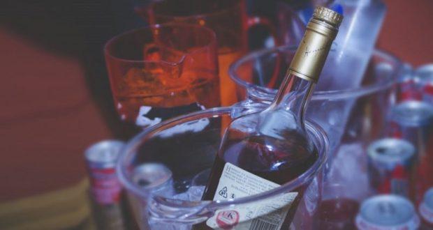 В Севастополе задержали местного жителя, торговавшего фальсифицированным алкоголем