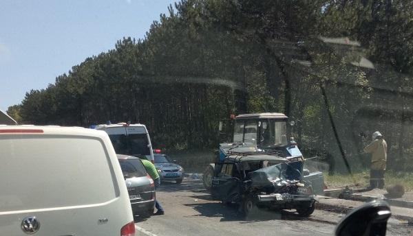 Лобовое ДТП на трассе «Ялта – Севастополь». Есть пострадавшие