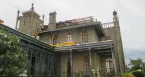 Последствия стихии в алупкинском Воронцовском дворце