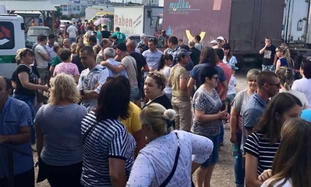 Севастопольцы – предприниматели рынка «5-го км Балаклавского шоссе» поддерживают Дмитрия Голикова