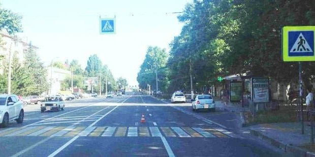 ДТП в Севастополе: прямо на «зебре» иномарка сбила семилетнего ребенка