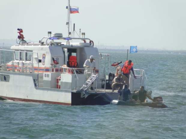 В Керченском проливе прошли учения по поиску и спасению людей