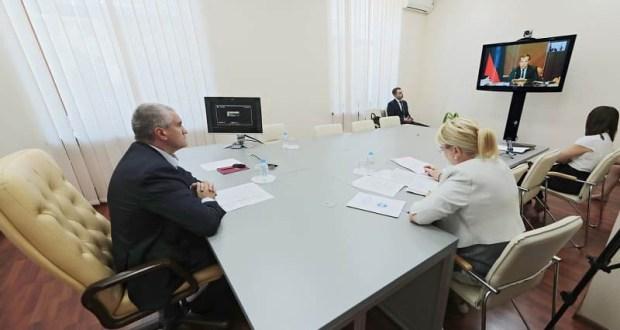 Сергей Аксёнов принял участие в совещании под руководством Премьера Дмитрия Медведева