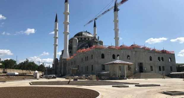 Как строится Соборная мечеть в Симферополе – увидел и рассказал депутат Госдумы Руслан Бальбек