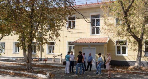 В Севастополе обещают в октябре открыть после капремонта поликлинику на улице Супруна