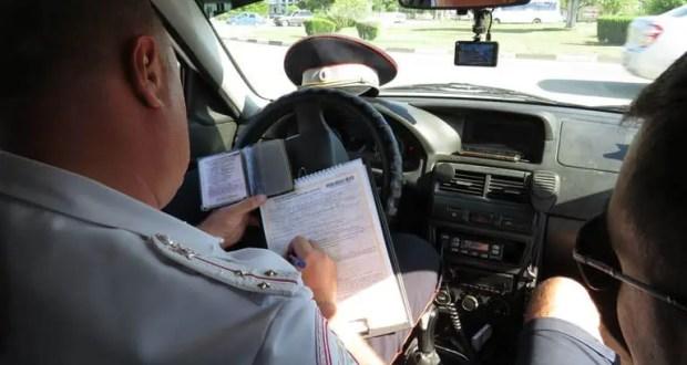 На дорогах Евпатории ГИБДД проводит операцию «Должник»