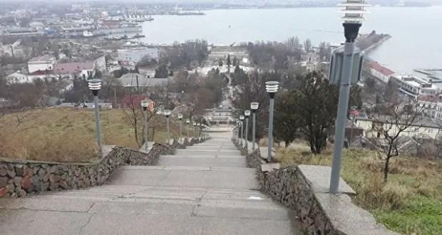 Реконструкцию Митридатской лестницы в Керчи завершат в 2020 году