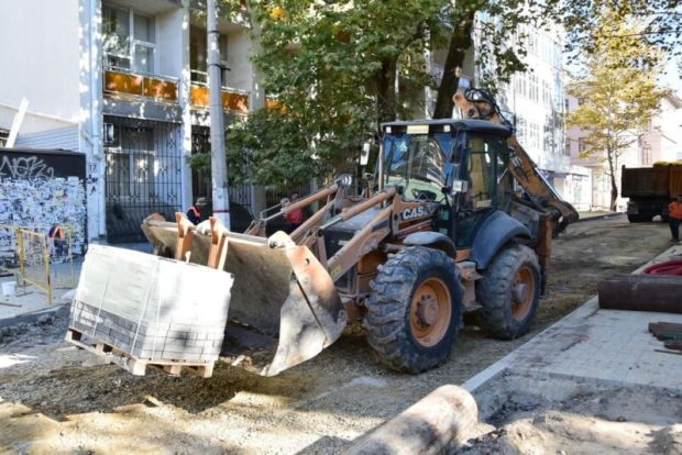 Третий этап капремонта улицы Александра Невского в центре Симферополя завершат в конце ноября