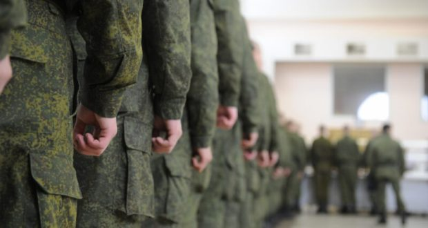 """В армию? В Севастополе полицейские проводят акцию """"Призывник"""""""