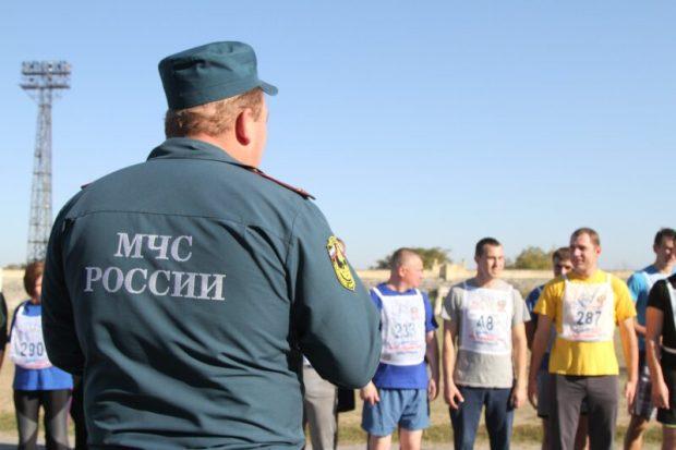Севастопольские спасатели МЧС сдали зачёты по физической подготовке