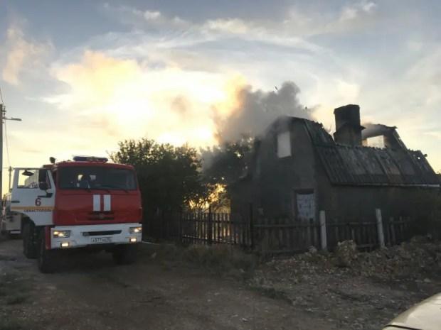 """Пожар в Севастополе - горел садовый дом в СТ """"Скиф"""""""