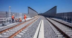 Пассажирские поезда по Крымскому мосту пойдут в декабре, а вот грузовые чуть позднее. Почему
